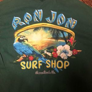 Large Ron Jon t-shirt